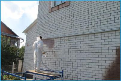 напыление пробкового покрытия на стену